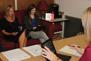 Mobile-App-Helps-Clark_County-Boost-Family-Engagement-huddle